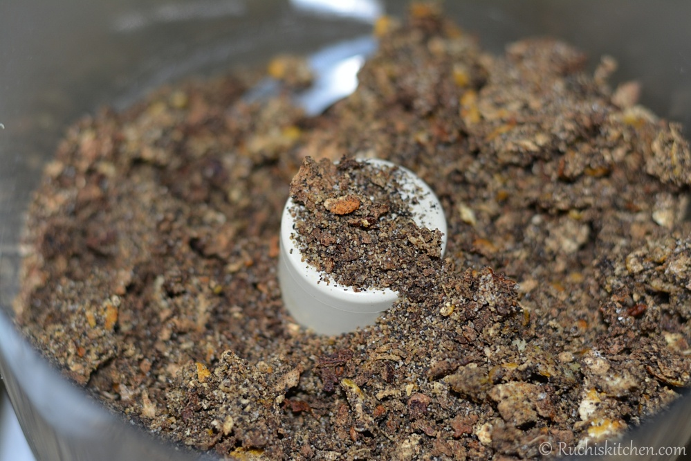 Lemon pepper seasoning grinded