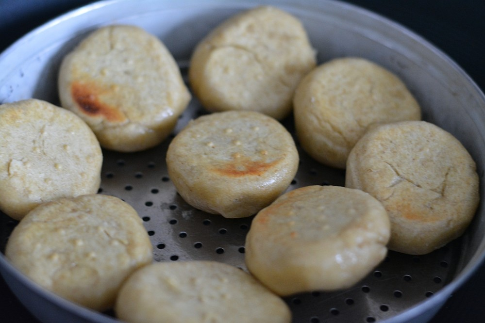 Making bati without oven step3