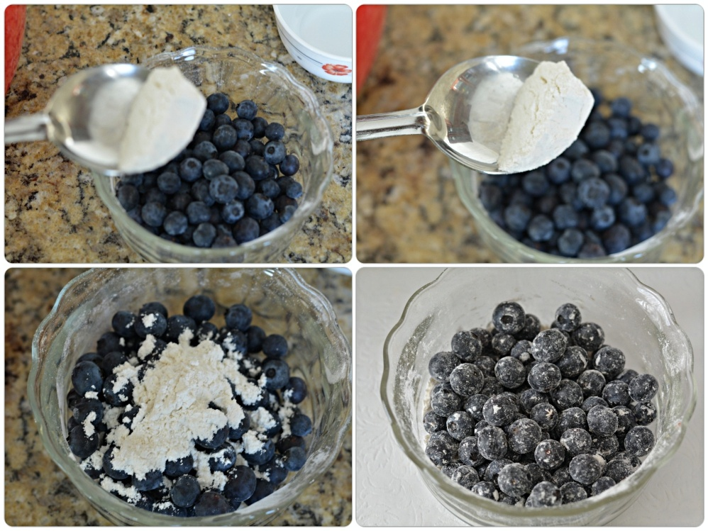 Dusting Blueberries with flour