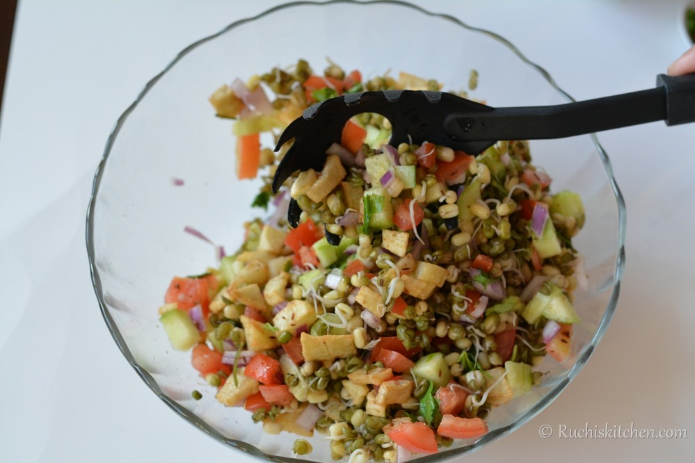 Sprout salad mix in bowl