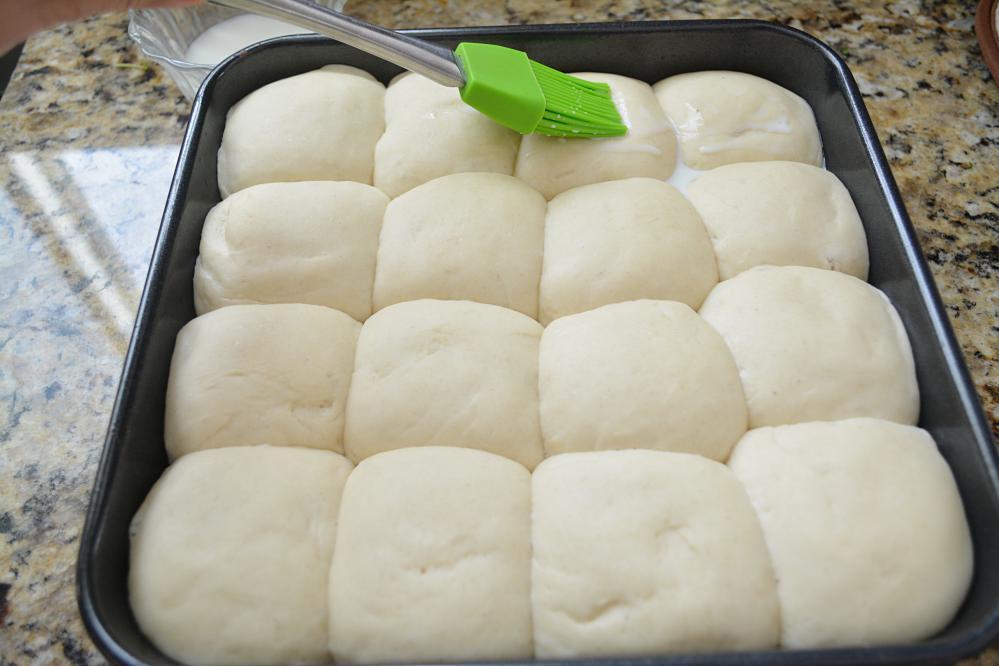Eggless Ladi pav ready for baking