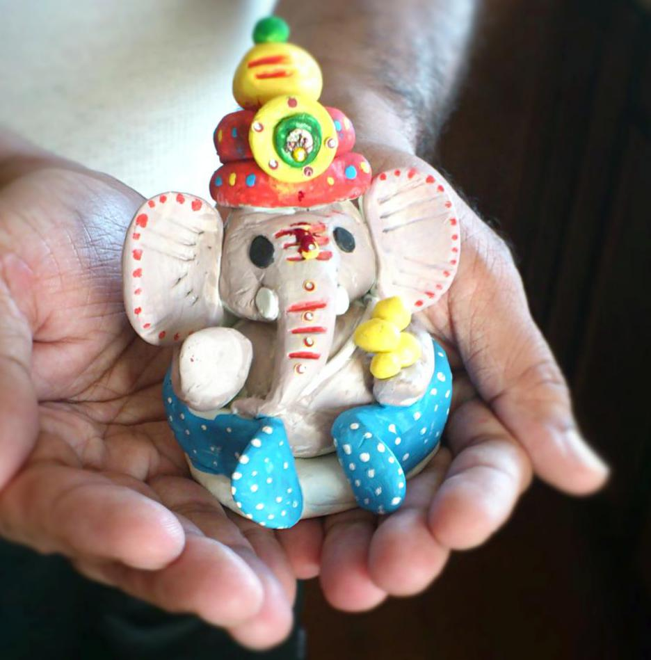 How to make ganeshji idol at home for ganesh chaturthi for Eco friendly colours for painting