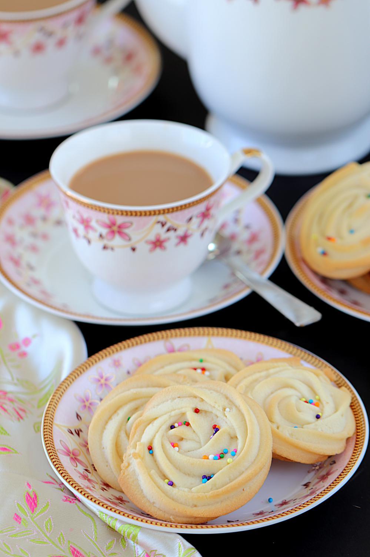 Easy sugar cookies - eggfree -- Ruchiskitchen