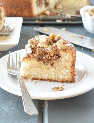 Walnut Crumble Coffee Cake