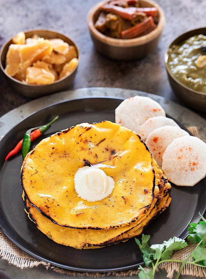 Makki ki roti with dollop of Makhan