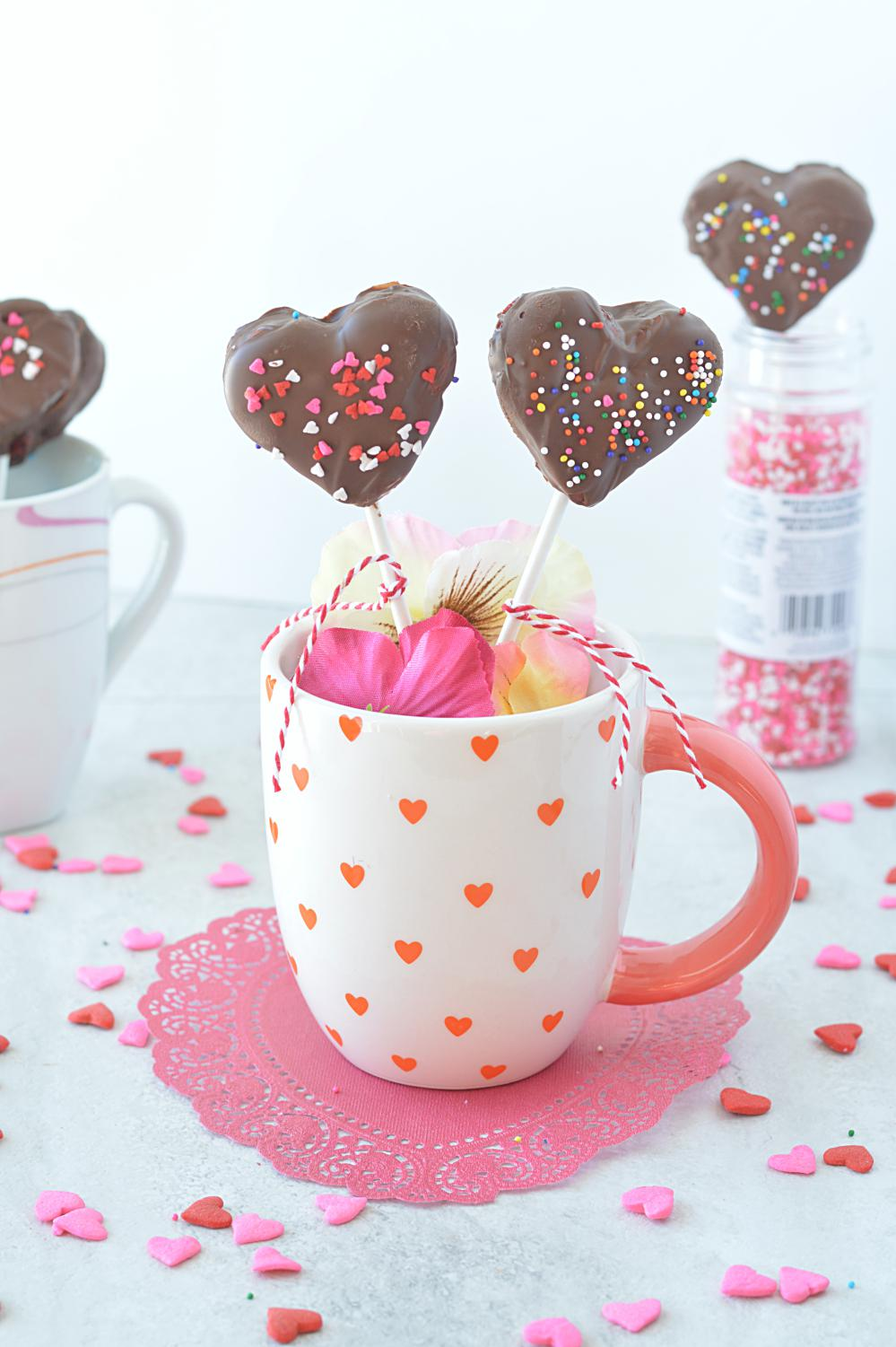 Heart Shaped Cake Lollies