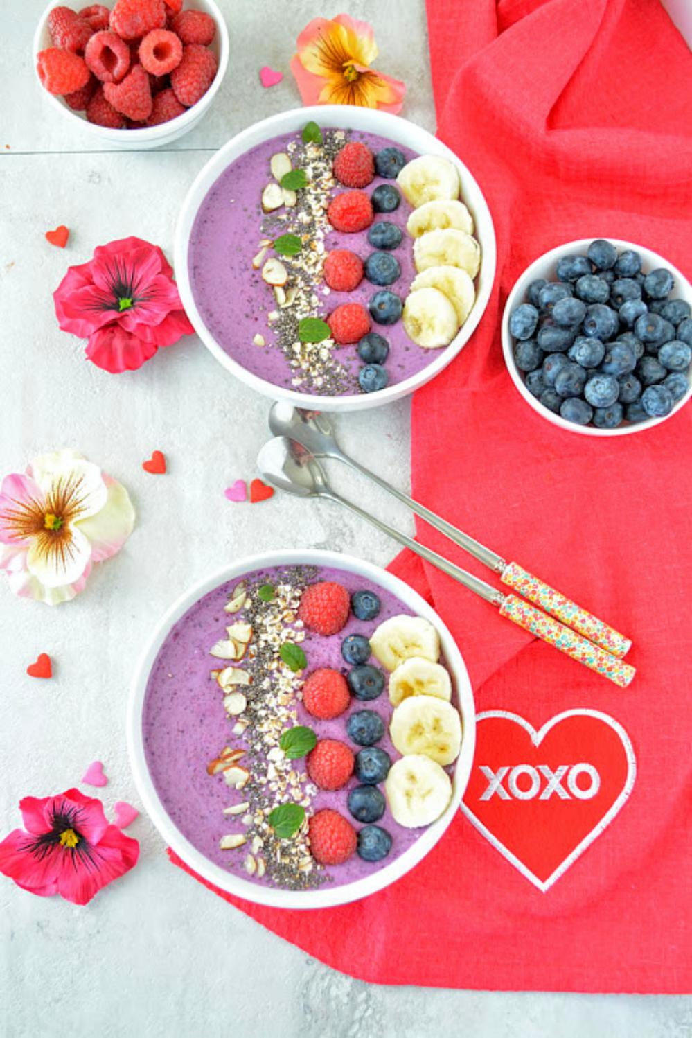 healthy-blueberry-smoothie-recipe-6 (1)_Fotor