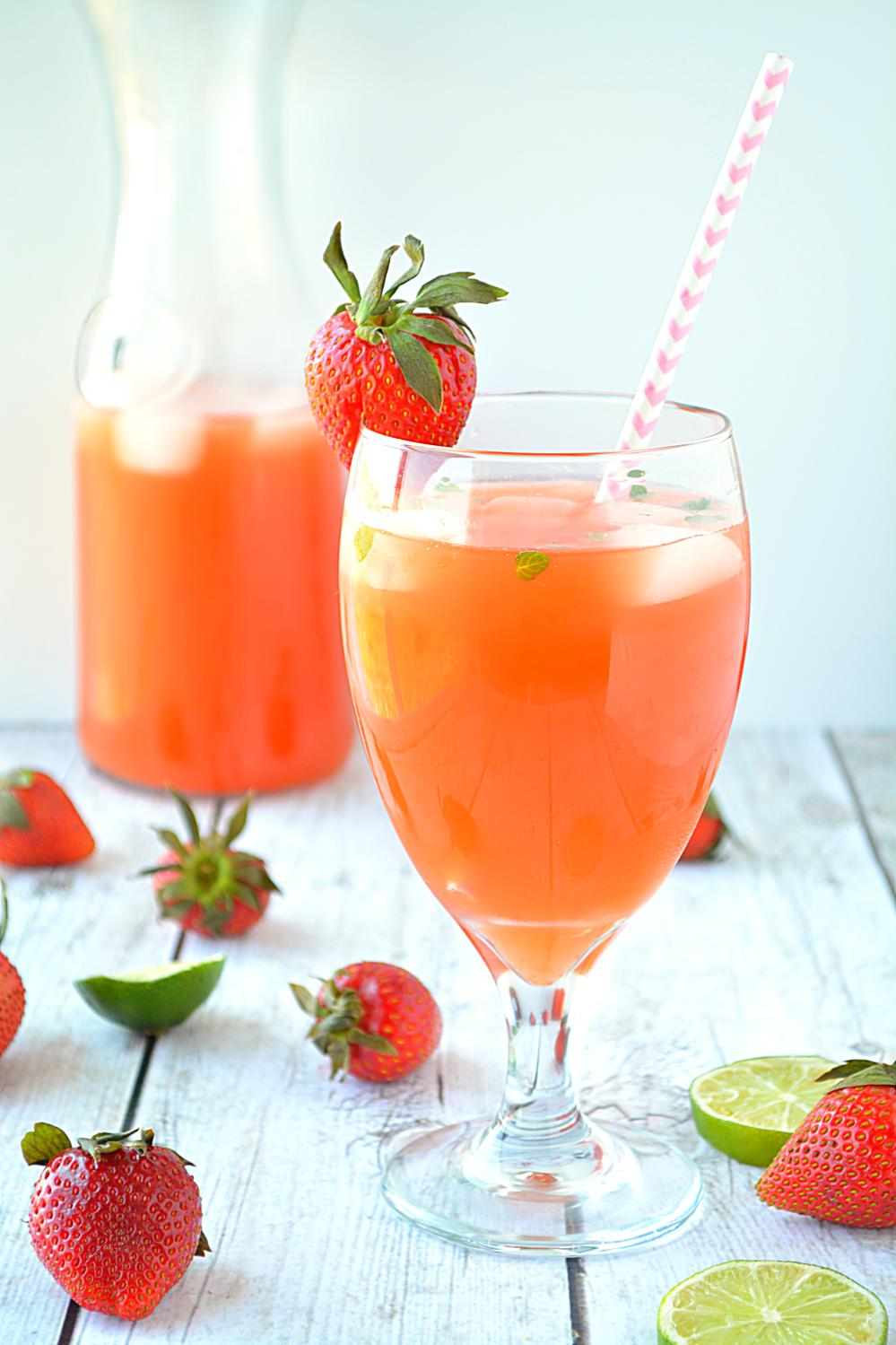 Fresh Strawberry Mint Lemonade