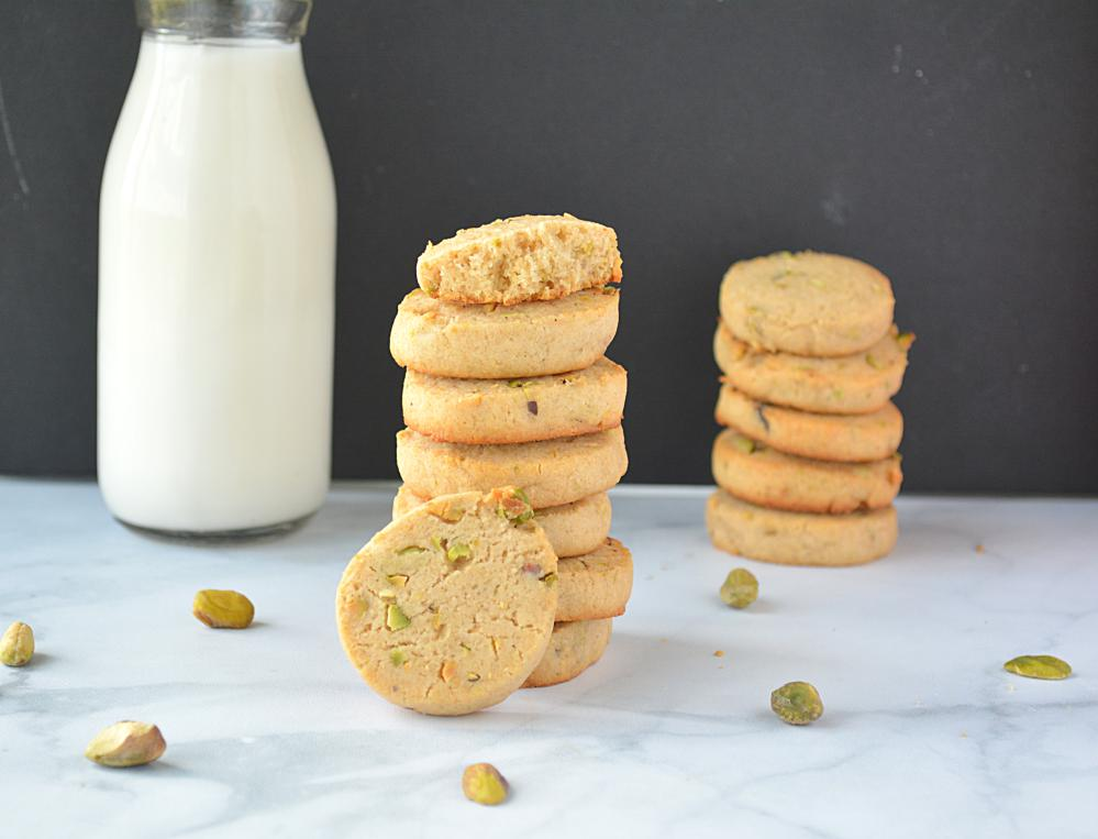 Eggless Wholewheat Pistachio Cookies