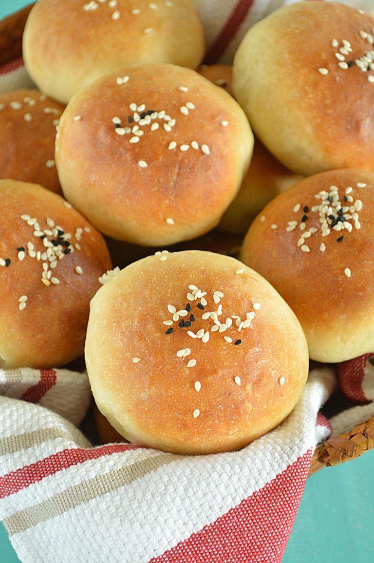 Homemade mini burger buns- Ruchiskitchen