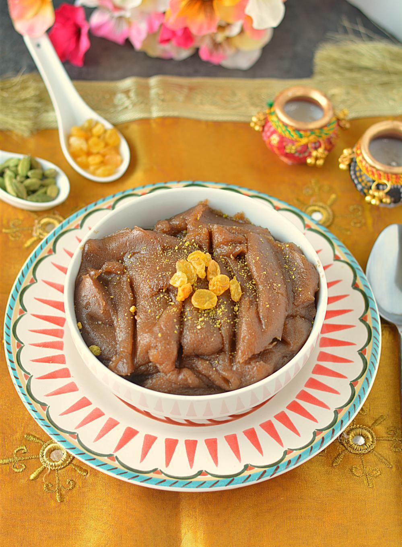 how to prepare Singhare ke atte ka halwa