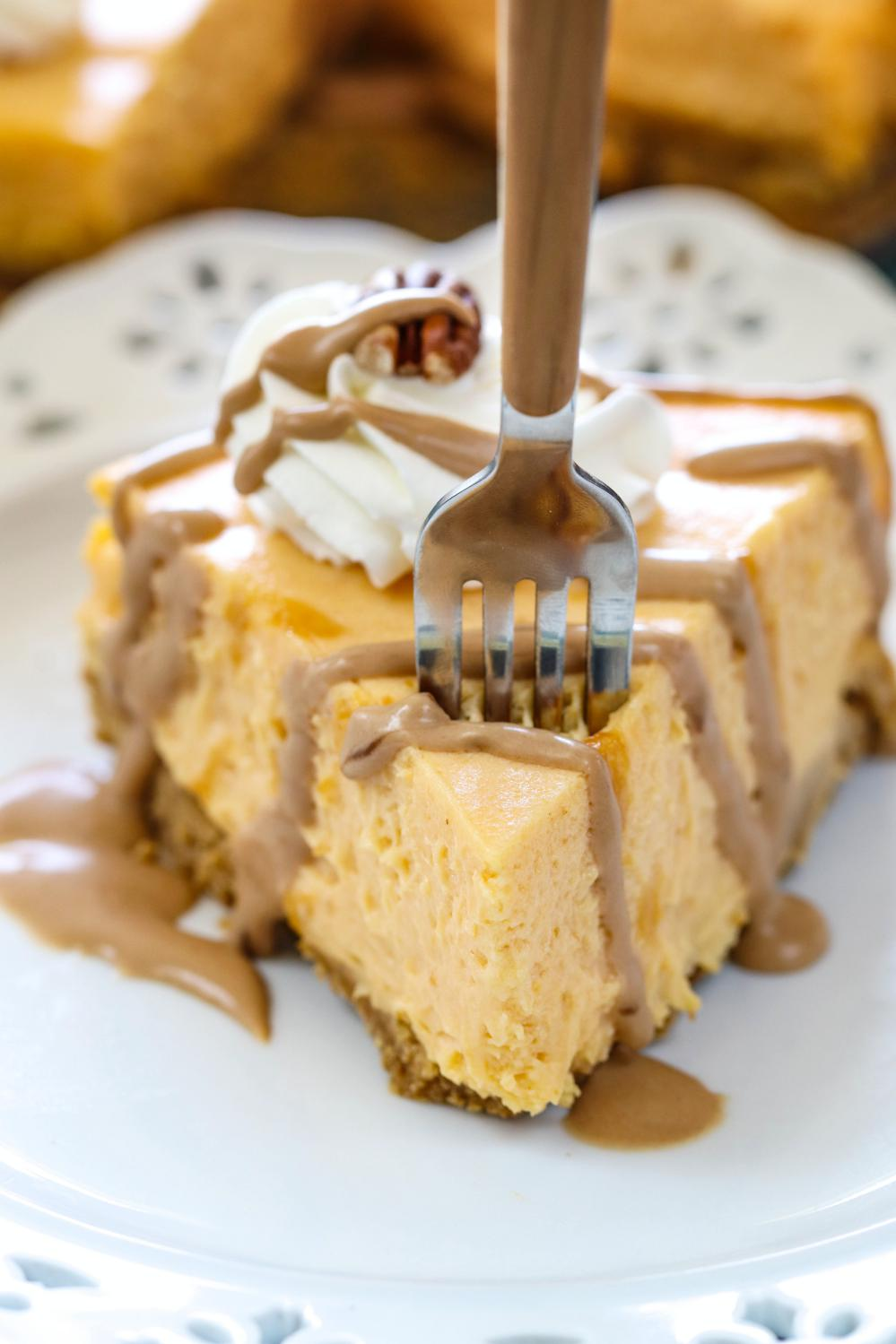 No Bake Coconut Pumpkin Mousse Pie - Ruchiskitchen