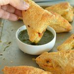 chessy-broccoli-and-spinach-puffs-recipe-3