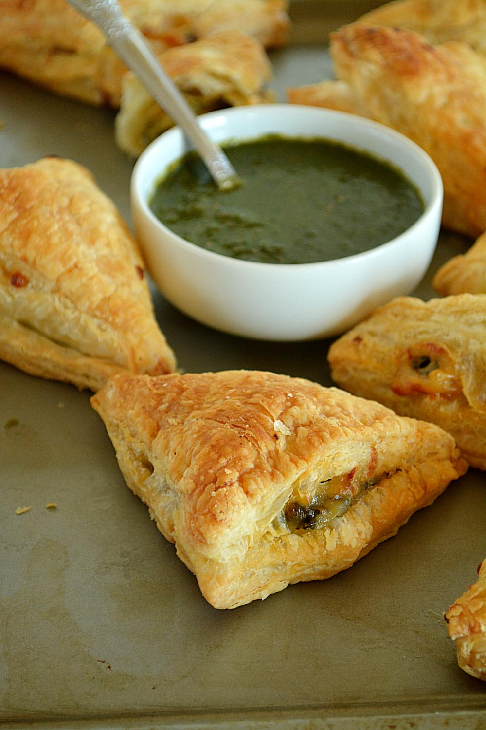 Cheesy Broccoli And Spinach Puffs | Spice up your party with these crispy and flaky Cheesy Broccoli And Spinach Puffs! | www.ruchiskitchen.com