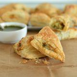 chessy-broccoli-and-spinach-puffs-recipe-9