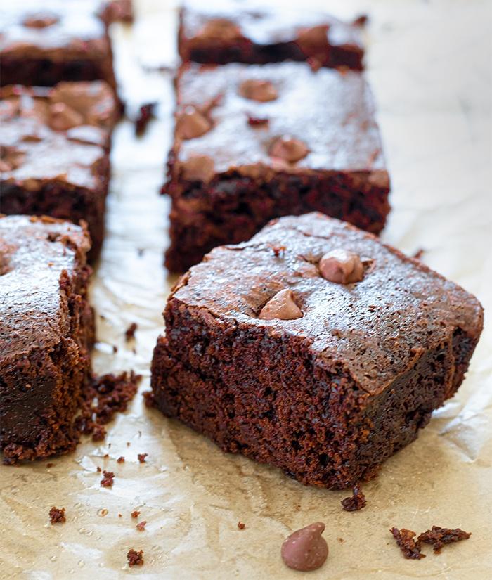 Aquafaba vegan brownies