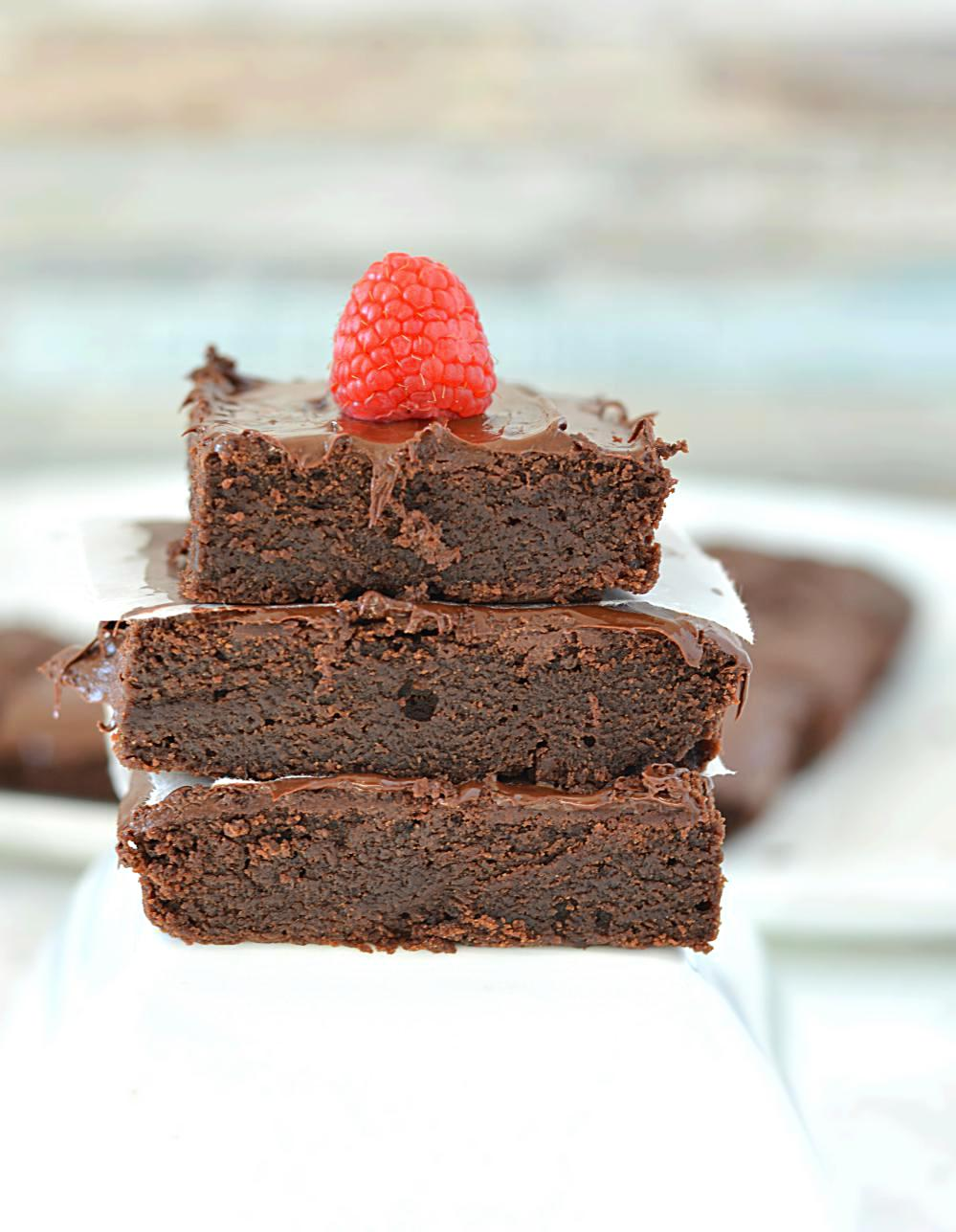 Vegan Chocolate Brownies - Ruchiskitchen