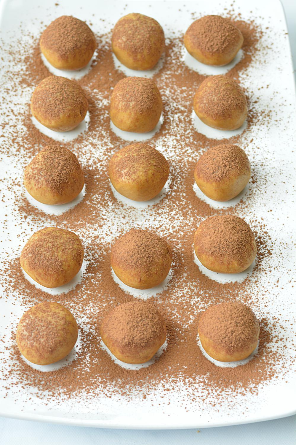 No bake Tiramisu Truffles | ruchiskitchen.com