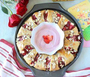 Strawberry Cream Cheese Crescent Ring ~ Ruchiskitchen
