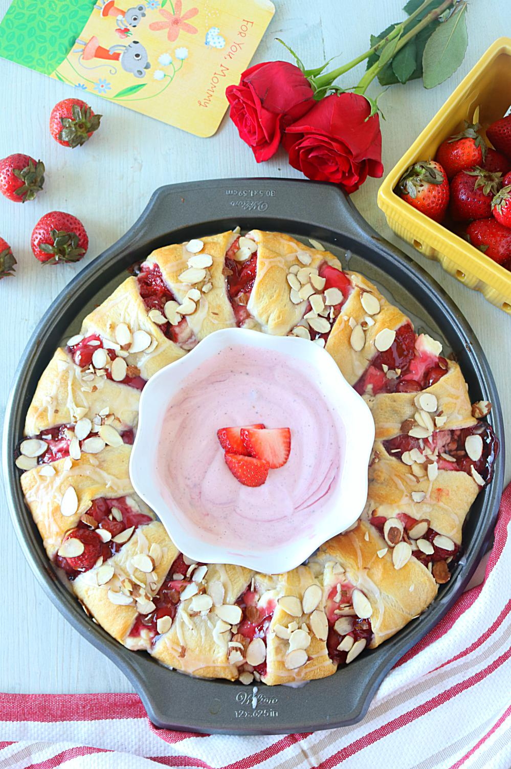 Strawberry Cream Cheese Crescent Ring ~ Ruchiskitchen
