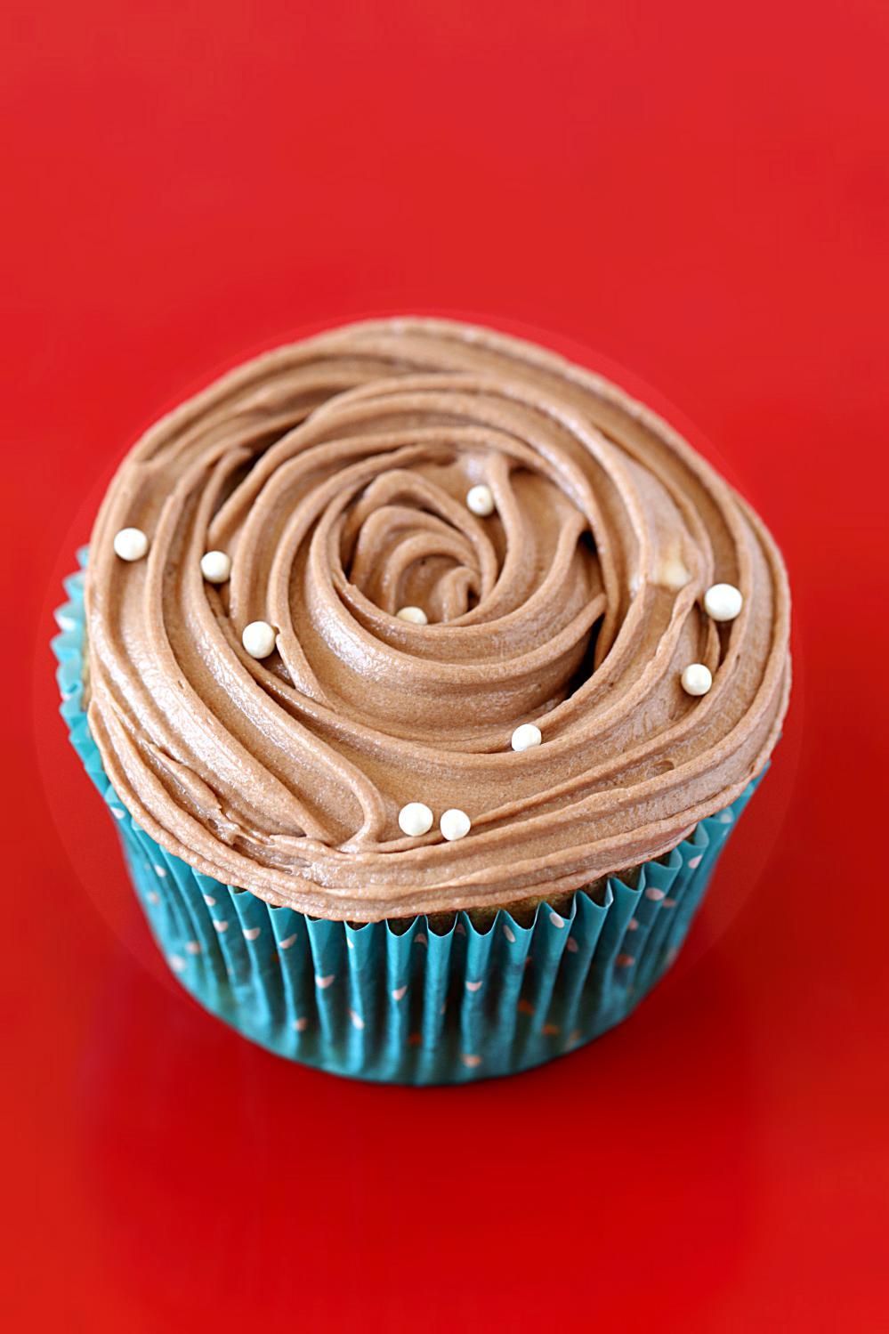 Eggless Marble Cupcakes - Ruchiskitchen