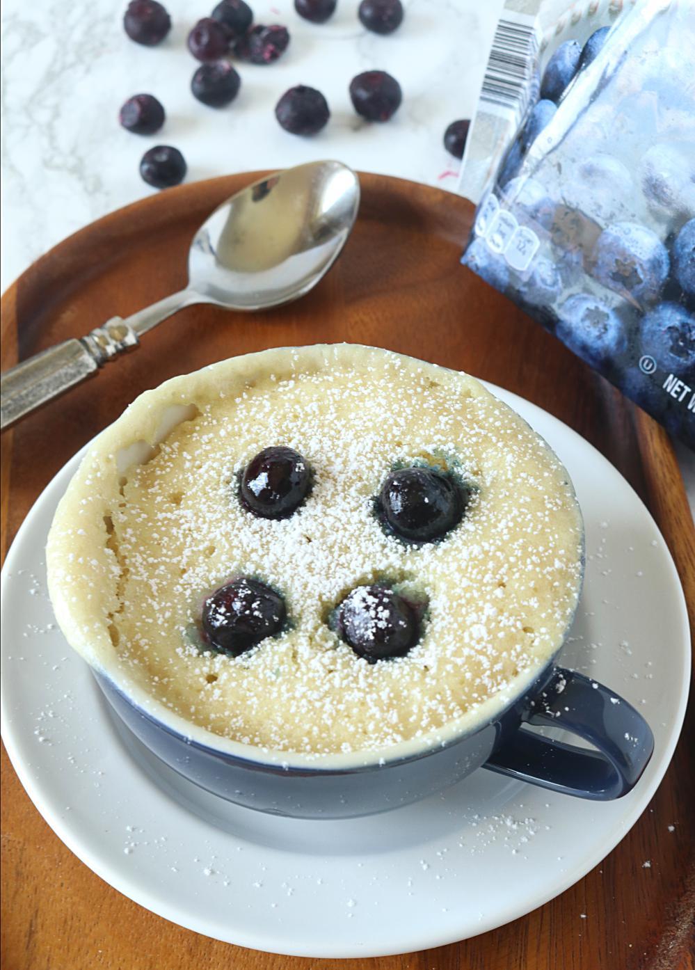 Blueberry Mug Cake | ruchiskitchen.com