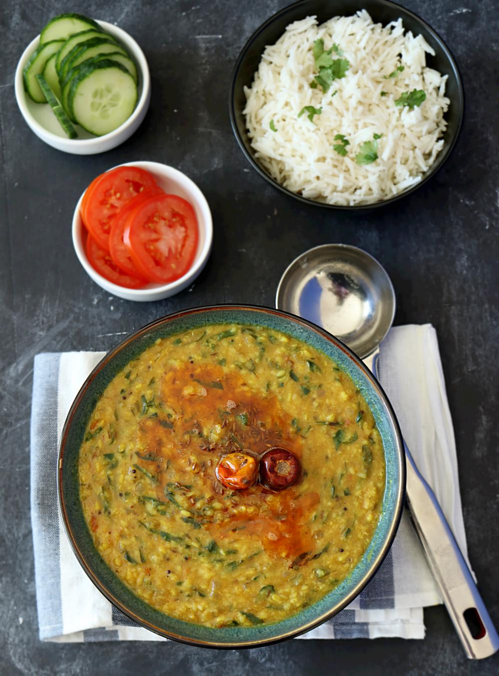 How to make Dal palak recipe