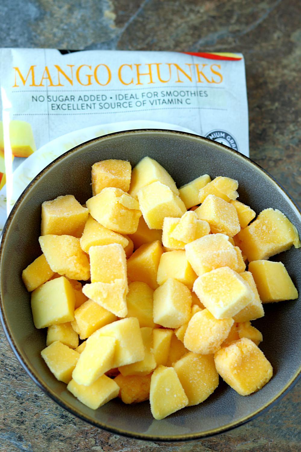 5 minute Mango White Wine Slushie