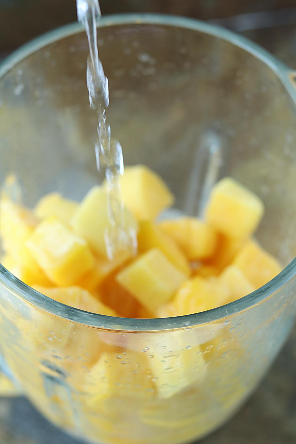 5 Minute Mango White Wine Slushie Summer Fruit Slushies