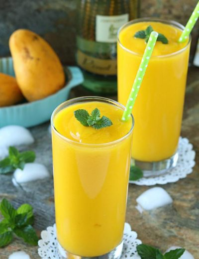 5 minute Mango White Wine Slushie