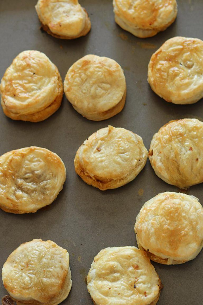 Freshly baked chicken puffs