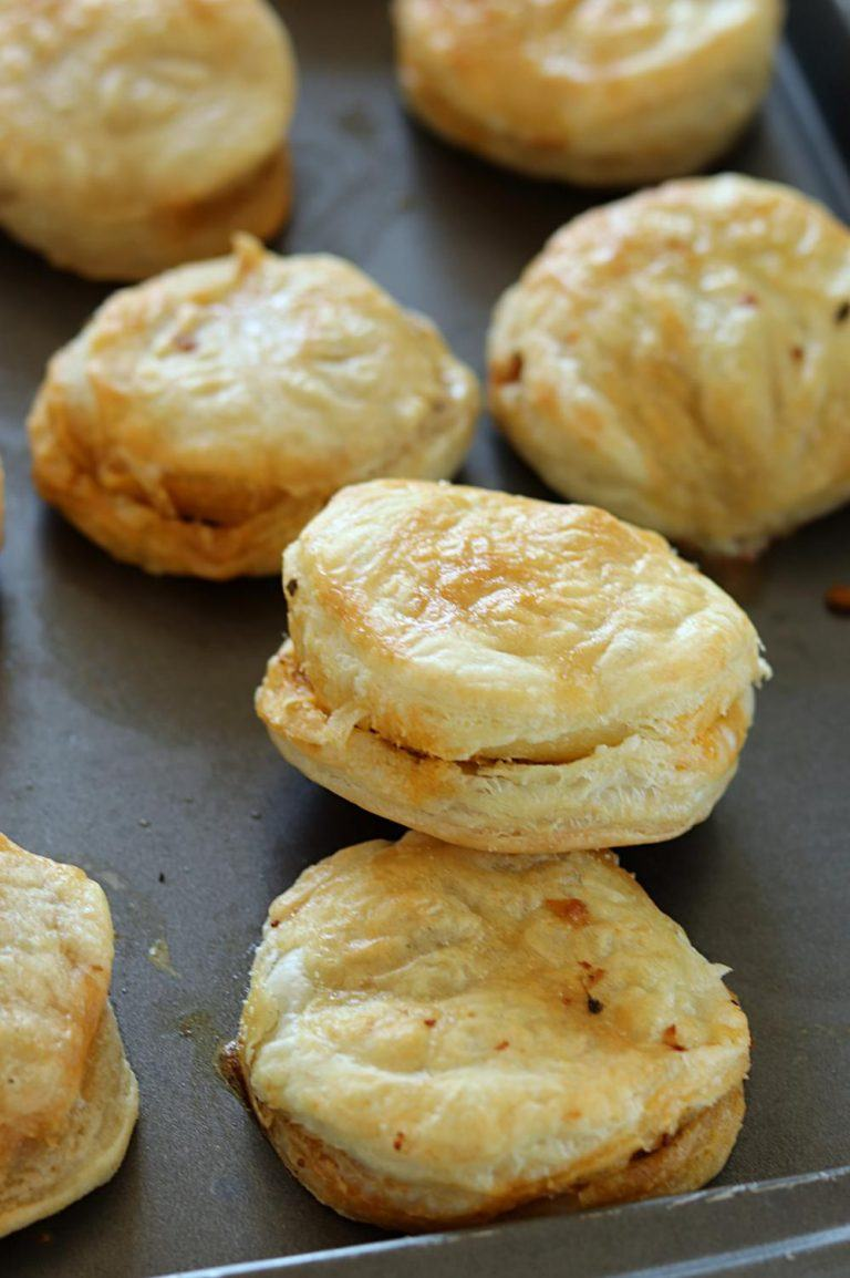 Minced Chicken Puffs,Puff pastry snack,Appetizer Recipes ...