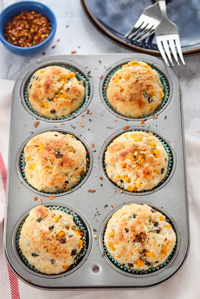Baked muffins in the pan