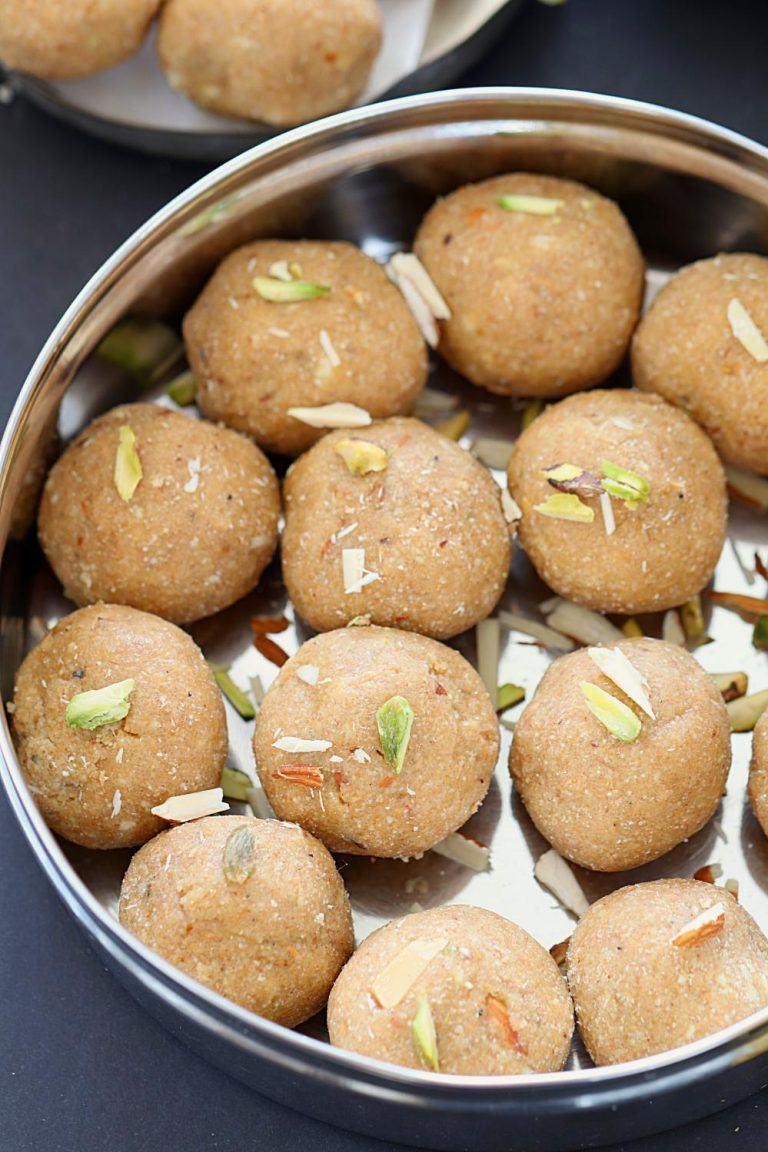 How to make atte ki Pinni - Ruchiskitchen