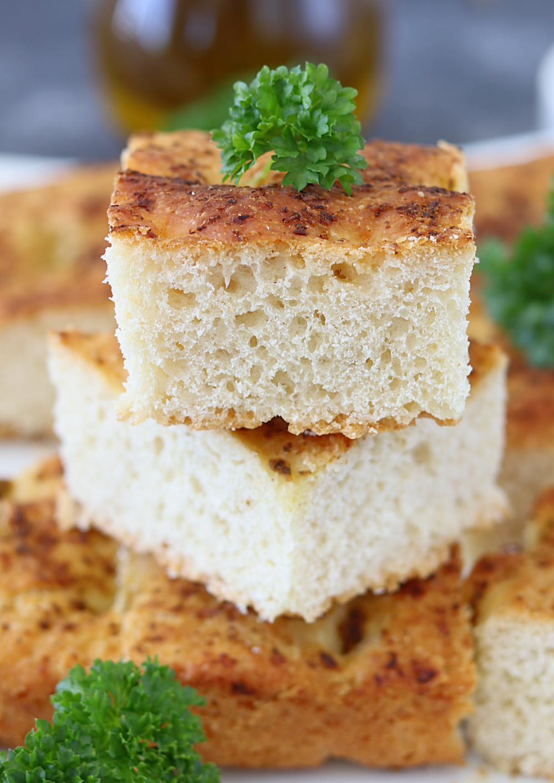 Pesto Focaccia Bread - Ruchiskitchen