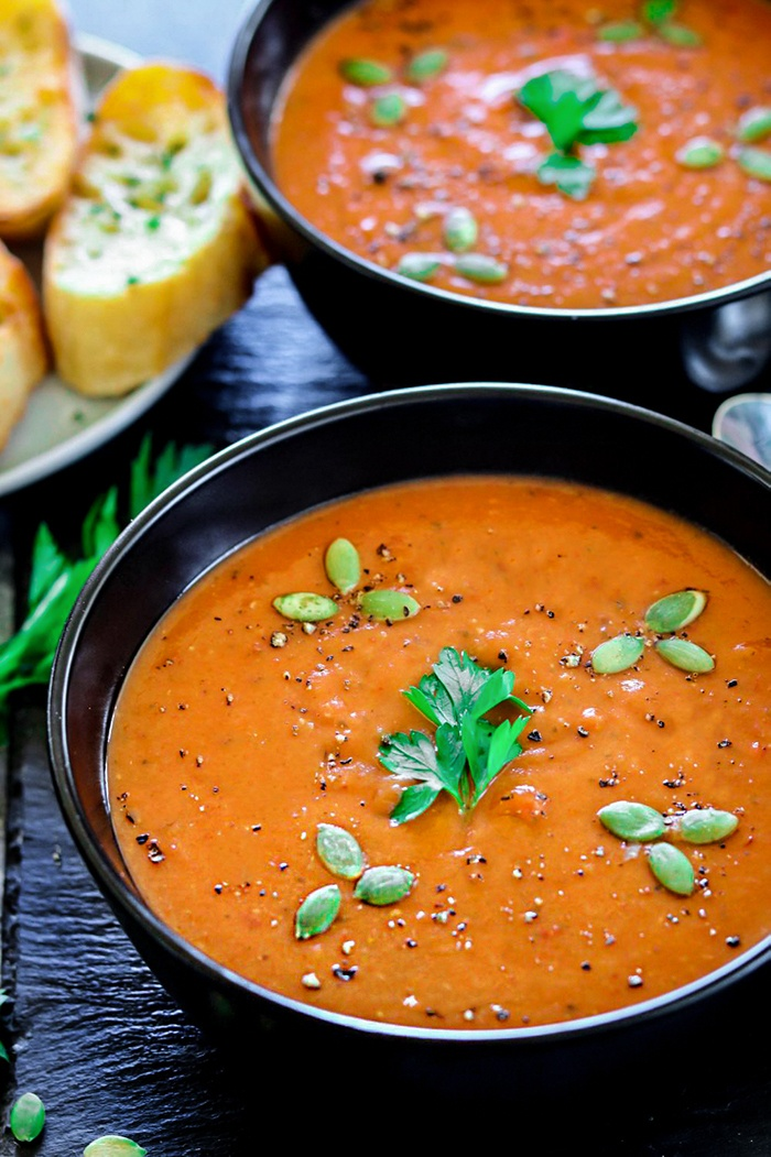 Instant Pot Roasted Red Bell Pepper And Lentil Soup studded with pumpkin seeds