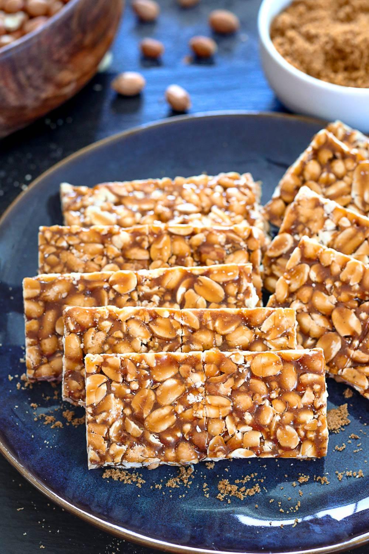 Peanut Chikki, How to make peanut brittle or peanut gajak