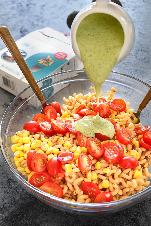 cajun chicken with creamy avocado pasta, avocado pasta