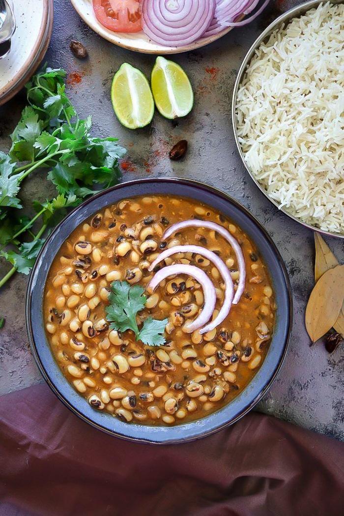 Instant Pot Black Eyed Peas Curry top view - Ruchiskitchen