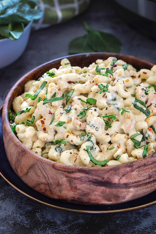 Instant Pot 3 Cheese Spinach Mac & Cheese - Ruchiskitchen