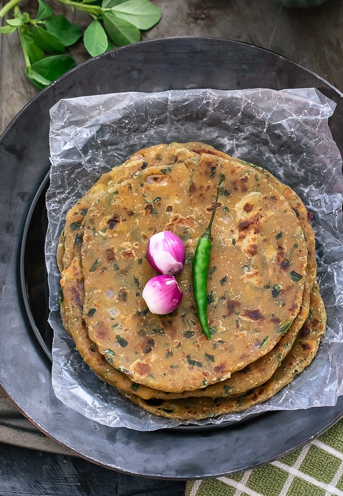 Methi paratha recipe  with pearl onions and chili