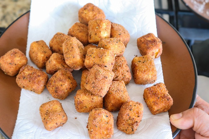 Cooked paneer nuggets
