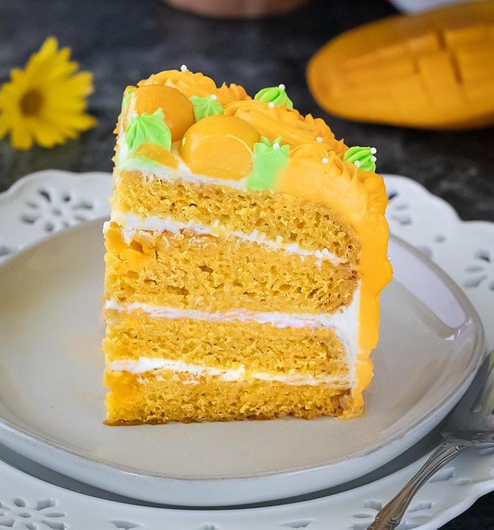 How to make an eggless mango cake