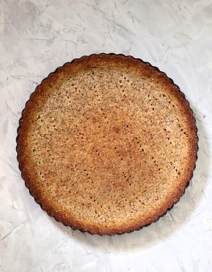 Almond flour tart cust