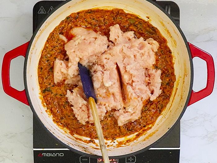 Add keema to the pan
