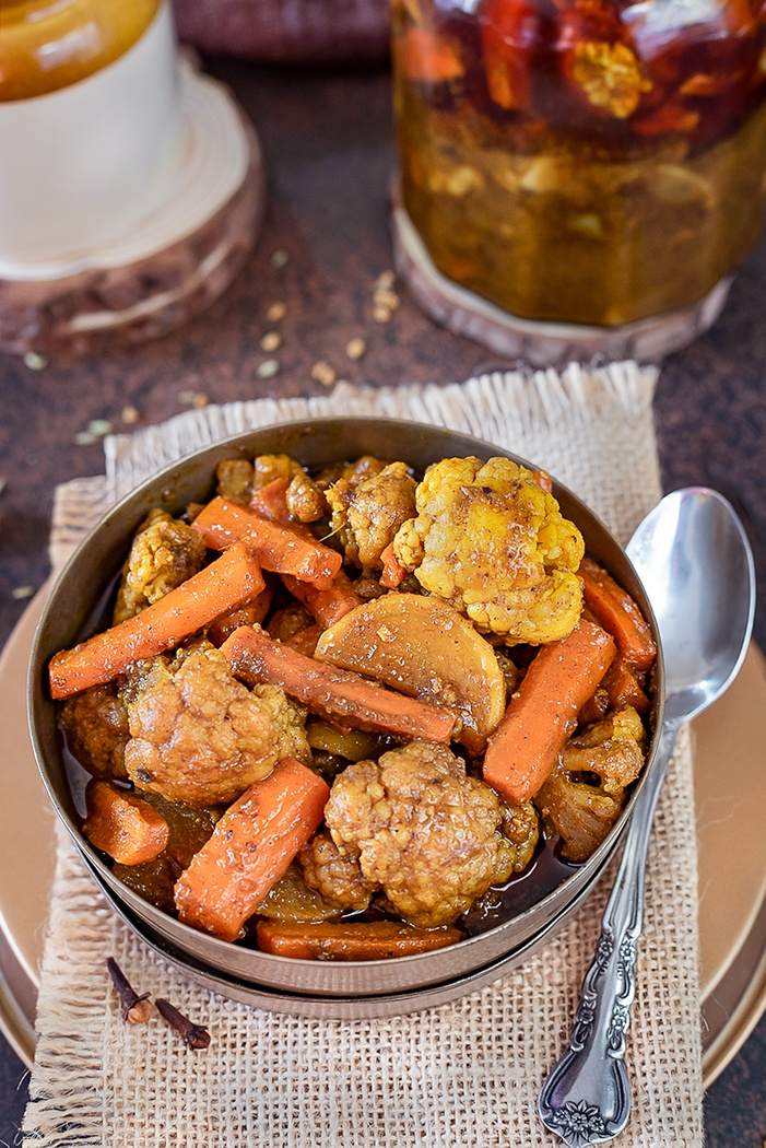 Gobhi gajar shalgam achar in a bowl